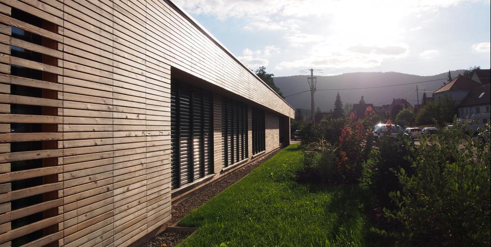 Projet Schenker - Traitement de la façade (suite)