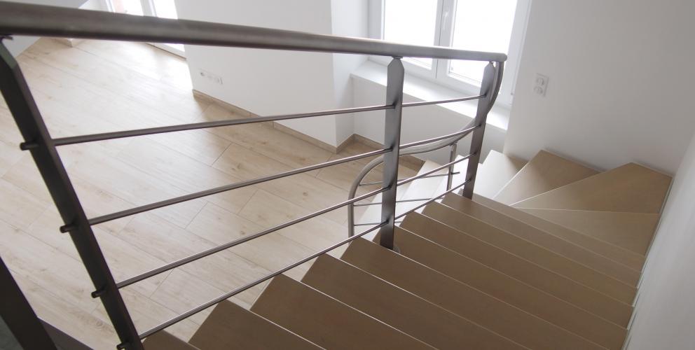 Projet PS - Traitement de l'escalier vu depuis la mezzanine