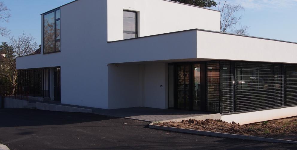 Projet CVV - La clinique vue depuis la rue